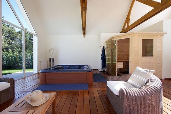 vente de sauna mont de marsan piscines loisirs. Black Bedroom Furniture Sets. Home Design Ideas