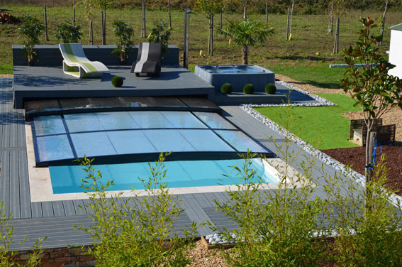 Piscine outdoor piscinier mont de marsan capbreton et for Construction piscine mont de marsan