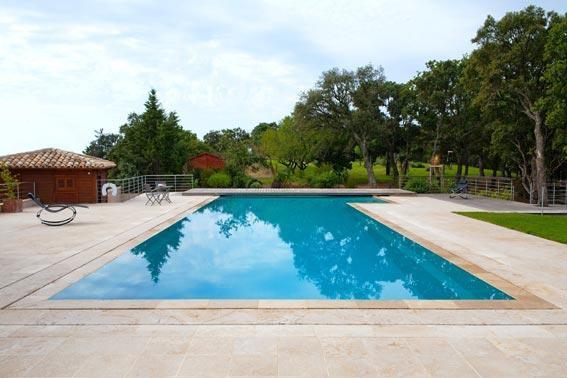Construction de terrasses et margelles piscinier for Construction piscine et terrasse