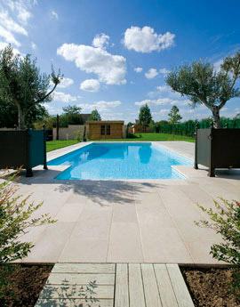Piscinier nos valeurs piscines loisirs for Constructeur piscine landes