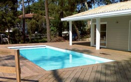 photos de piscines constructeur de piscines mont de marsan piscines loisirs. Black Bedroom Furniture Sets. Home Design Ideas
