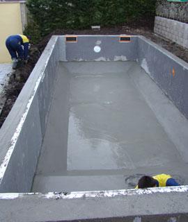 Structures des piscines pisciniste piscines loisirs for Structure piscine